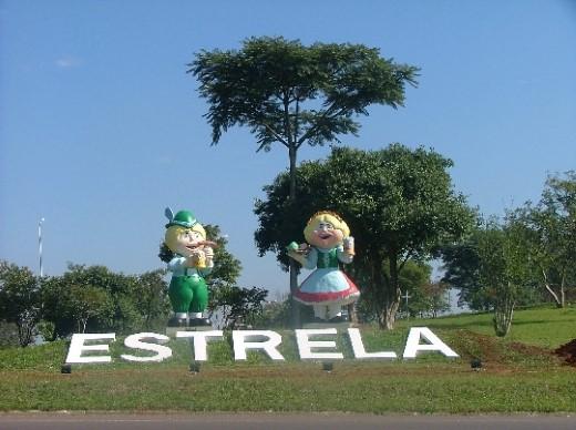 Chuc e Rut Recebem os Visitantes em Estrela